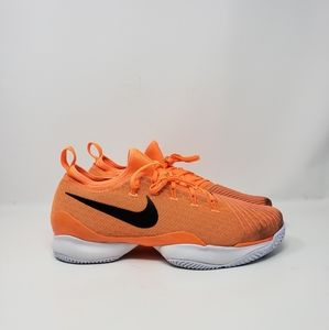 BRAND NEW NIKE COURT AIR ZOOM ULTRA  EXCELLENT, HI